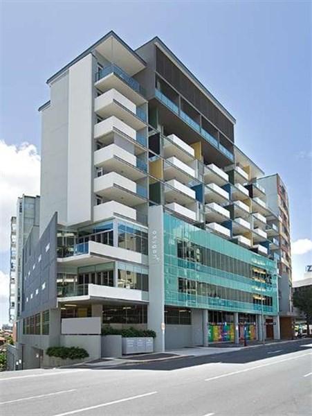150 Leichhardt Street SPRING HILL QLD 4000