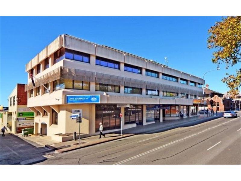 24 Berry Street NOWRA NSW 2541