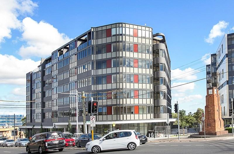 2 - 10 Wharf Road GLADESVILLE NSW 2111