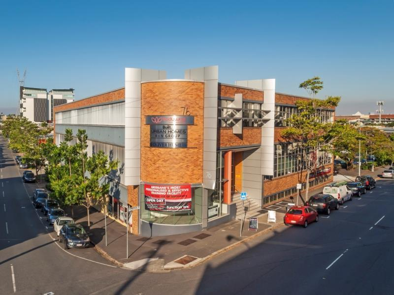 Unit  1B/76 Commercial Road NEWSTEAD QLD 4006
