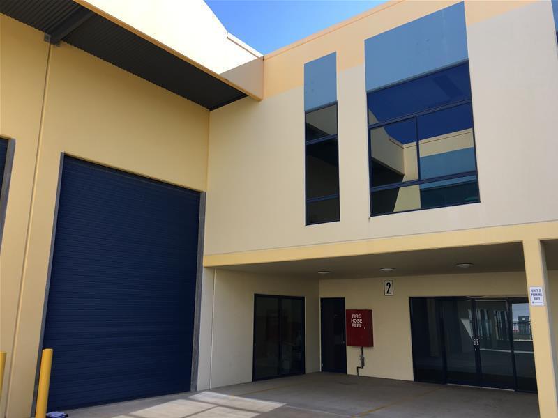 2/3 Hinkler Court BRENDALE QLD 4500