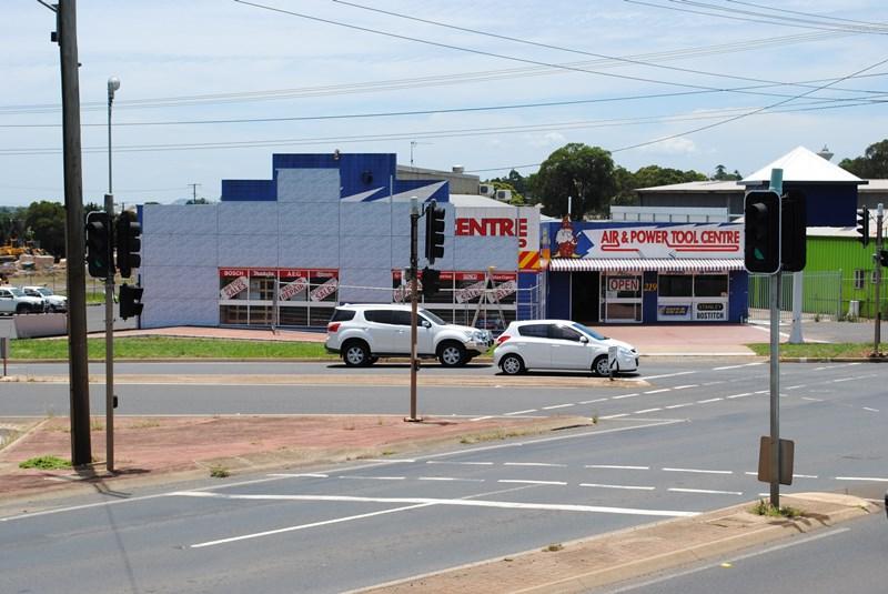 T1, 219 Anzac Avenue (Cnr South Street) HARRISTOWN QLD 4350