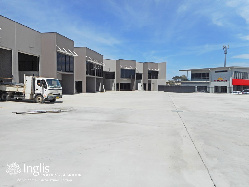 Unit 3 Lot 305 Lone Pine Place SMEATON GRANGE NSW 2567