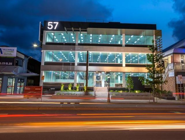 57 Old Cleveland Road GREENSLOPES QLD 4120