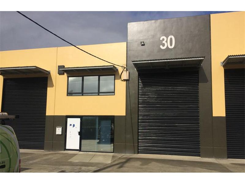 30 Morley Street COORPAROO QLD 4151