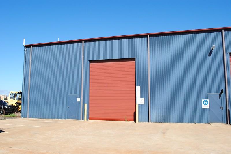 T5, 98 Buckland HARRISTOWN QLD 4350