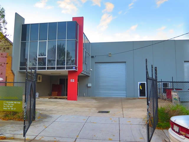 52 Halsey Road AIRPORT WEST VIC 3042