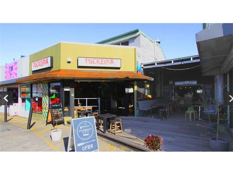 8/360 Logan Road STONES CORNER QLD 4120