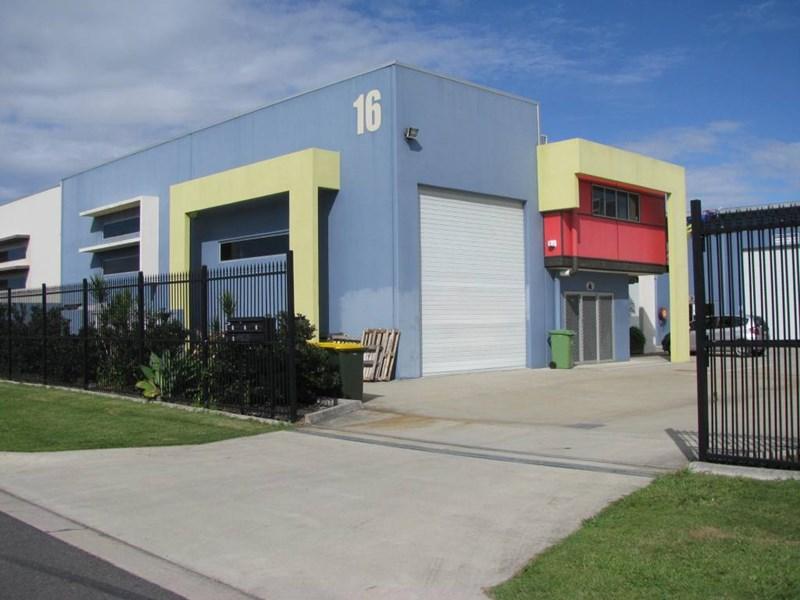 4/16 Redcliffe Gardens Drive CLONTARF QLD 4019