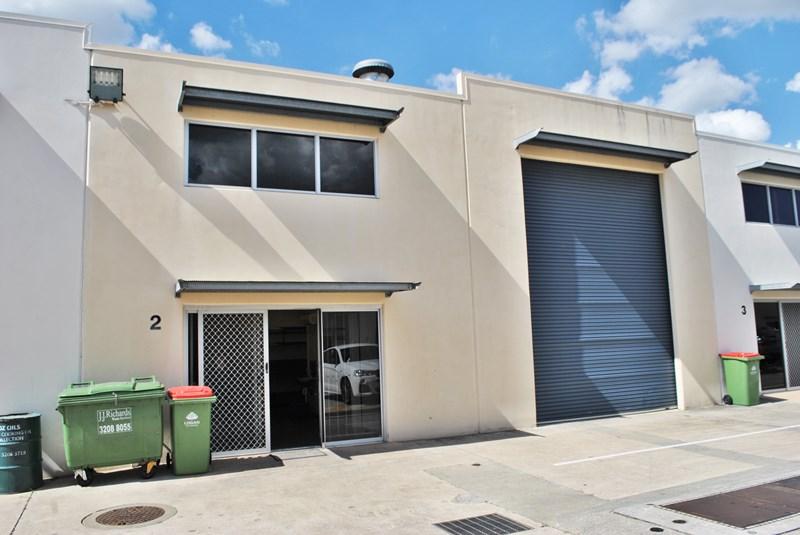 Unit 2/13-15 Ellerslie Road MEADOWBROOK QLD 4131
