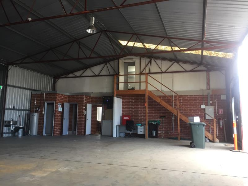 11 Commercial Real Estate Properties For Lease in Eaton, WA 6232