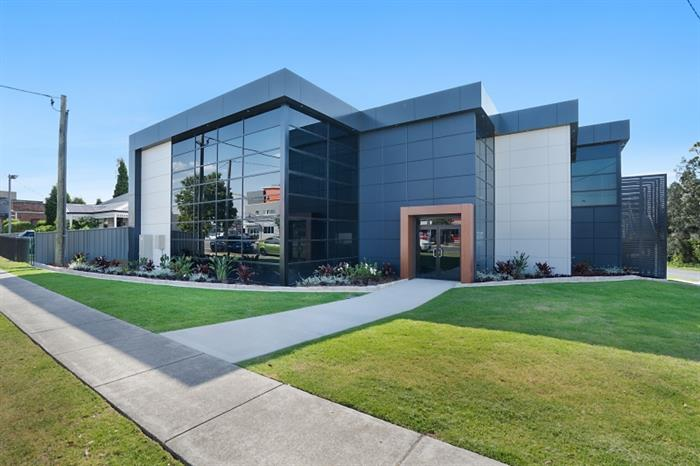 33 Commercial Real Estate Properties For Sale in East