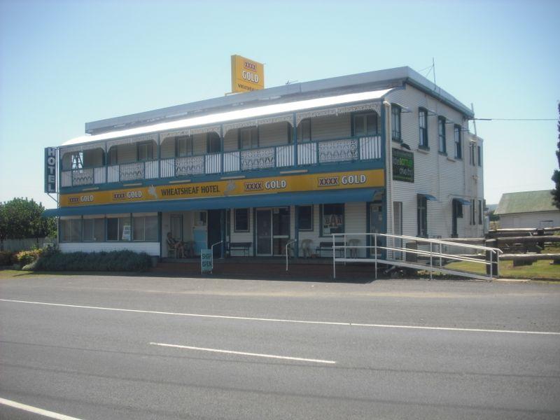 EAST GREENMOUNT QLD 4359