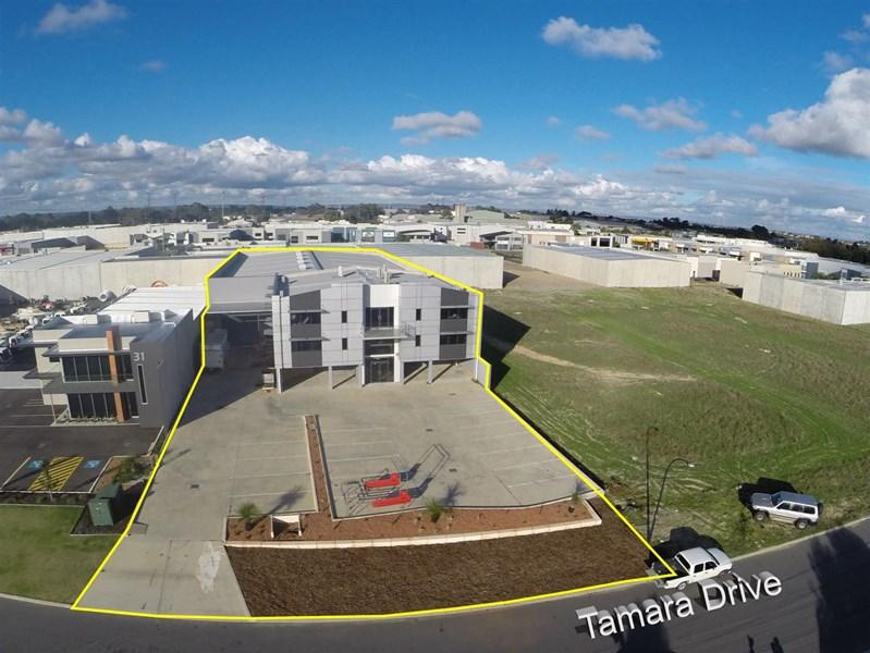 33 Tamara Drive COCKBURN CENTRAL WA 6164