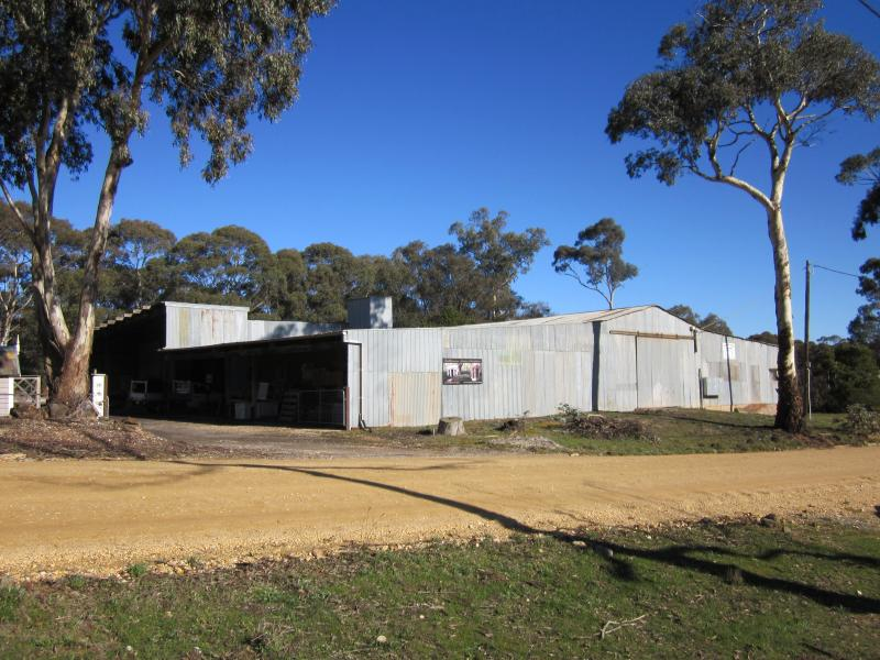 10-12 Sawmill Road CASTLEMAINE VIC 3450