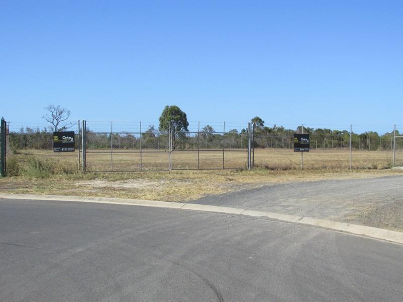 13 Enterprise Court DUNDOWRAN QLD 4655