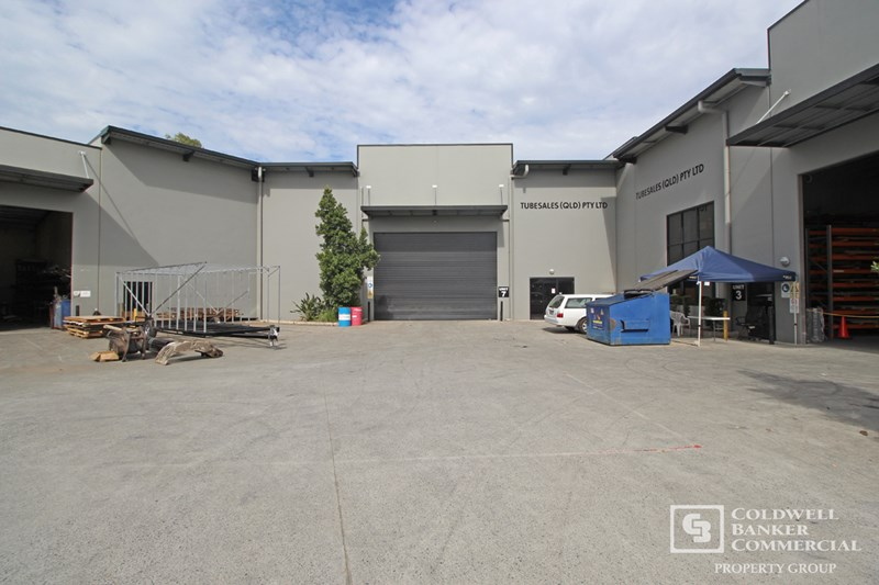 yatala qld  industrial warehouse property  sale