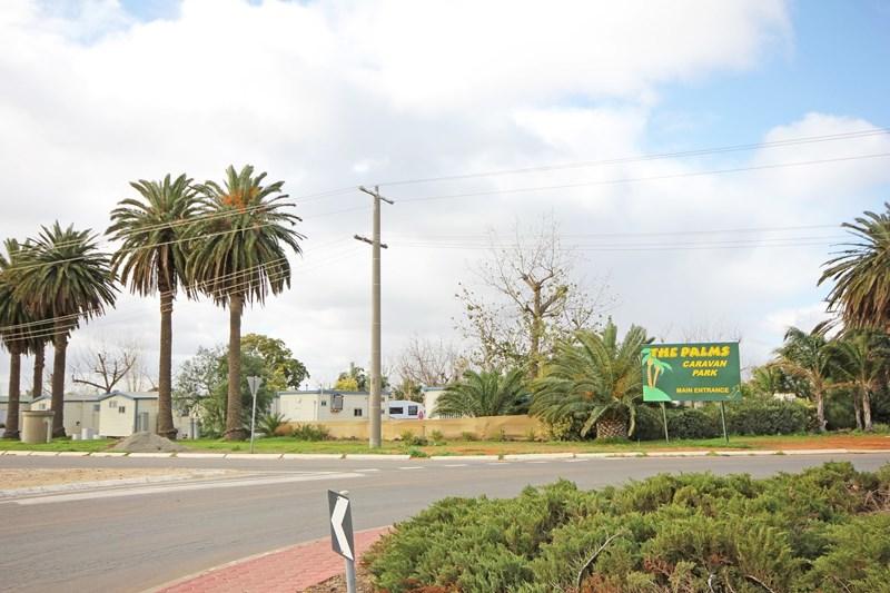 7 Cureton Avenue NICHOLS POINT VIC 3501