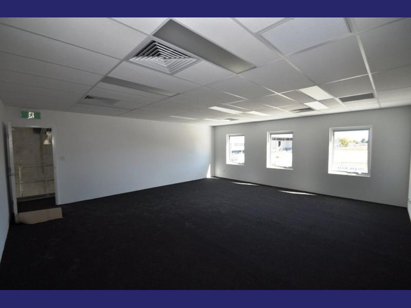 Industrial warehouse properties for sale in landsdale wa 6065