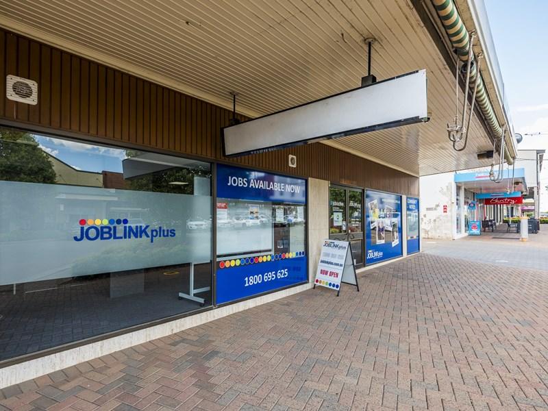 4 Templar Street, Forbes NSW 2871 - Image 4