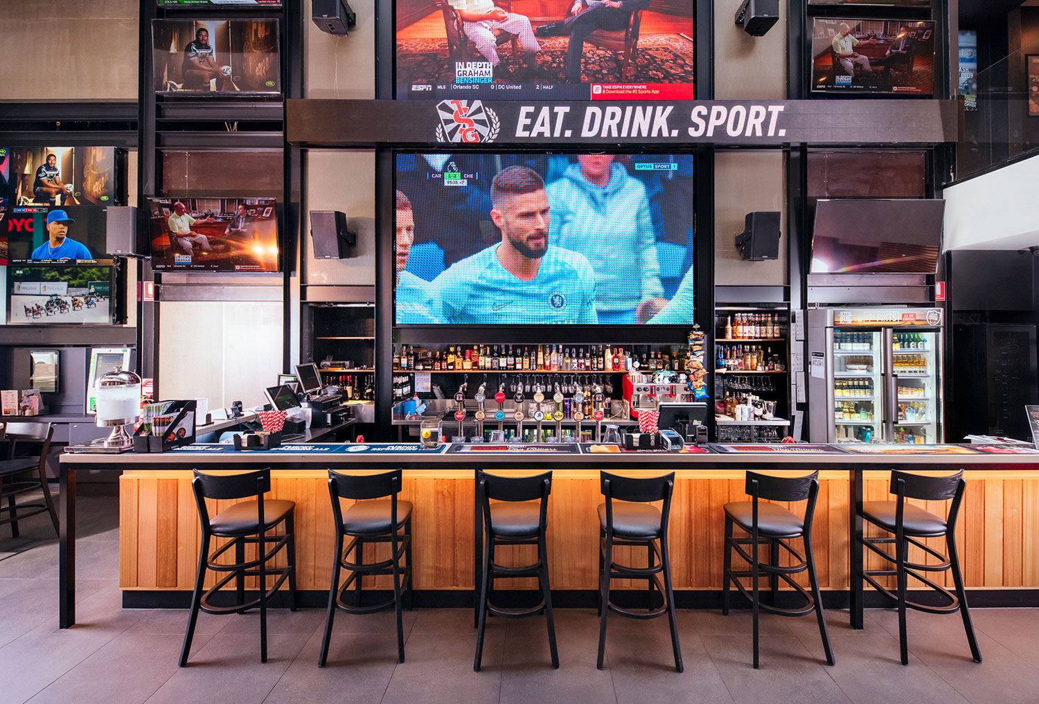 The Sporting Globe Bar & Grill photo