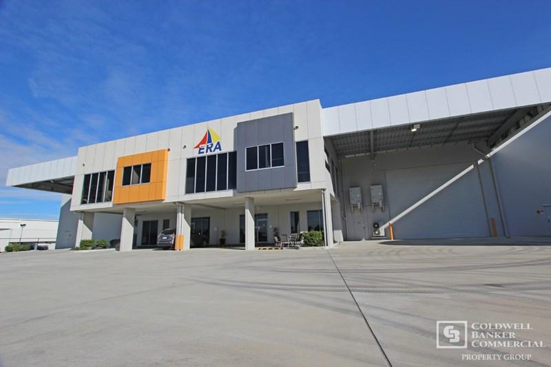 90 Southlink Street PARKINSON QLD 4115