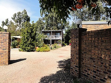 38  Station Road FOSTER VIC 3960