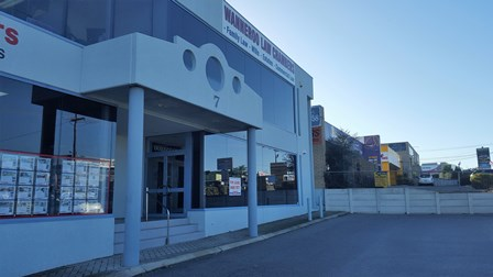2/7 Prindiville Drive WANGARA WA 6065