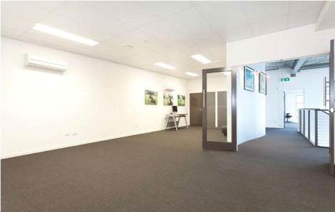 1/3 Northward Street UPPER COOMERA QLD 4209