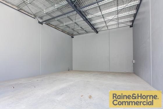 8/42 Walker Street TENNYSON QLD 4105