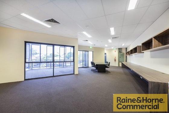 2/101 Annerley Road WOOLLOONGABBA QLD 4102