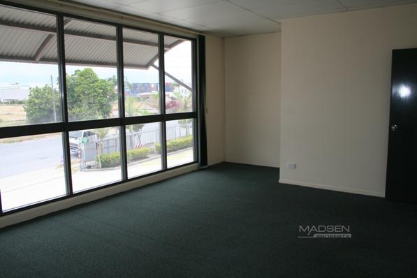 3A/17 Tile Street WACOL QLD 4076