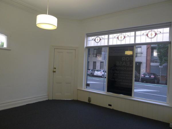 15 Cobden Street NORTH MELBOURNE VIC 3051