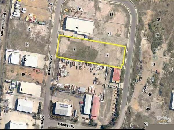 7 & 17 Industrial Avenue DUNDOWRAN QLD 4655