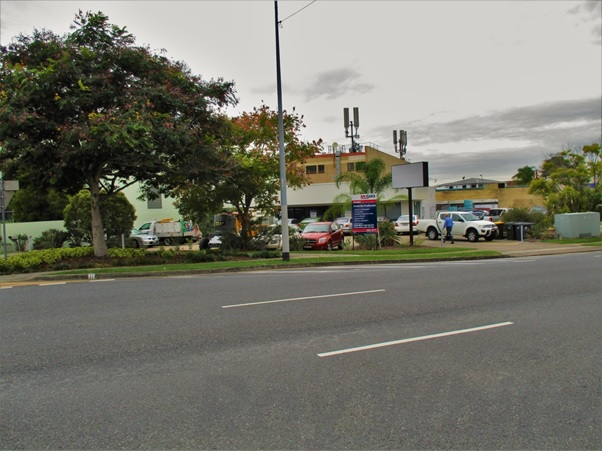 98 Cleveland Street GREENSLOPES QLD 4120