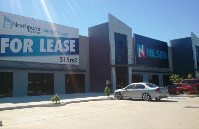719 Woolcock Street MOUNT LOUISA QLD 4814
