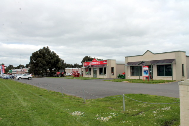 2/345 Princes Highway COLAC WEST VIC 3250