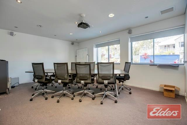 42 Doggett Street NEWSTEAD QLD 4006