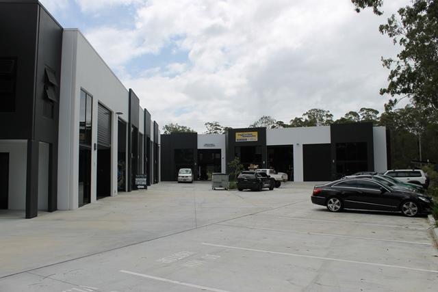 8/490 Scottsdale Drive VARSITY LAKES QLD 4227