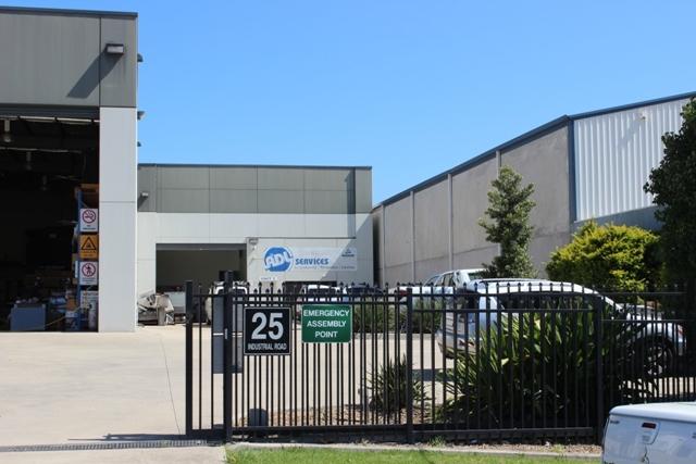 2/25 Industrial Road UNANDERRA NSW 2526