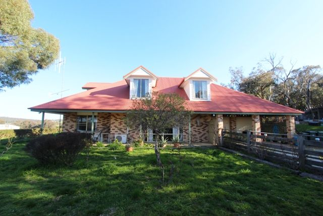 243 Old Lachlan Road HOBBYS YARDS NSW 2795