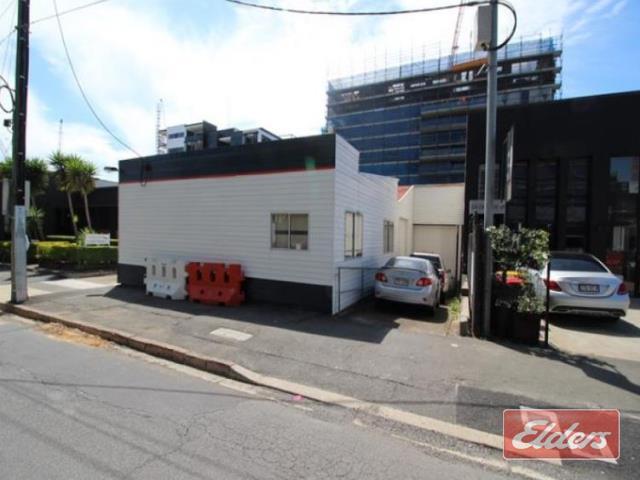 61 Doggett Street NEWSTEAD QLD 4006