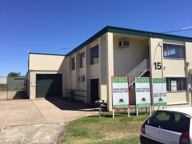15 Brewer Street CLONTARF QLD 4019