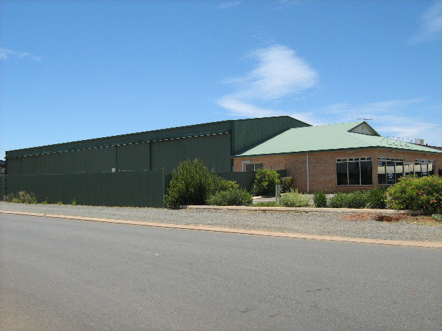8 Percy Road KALGOORLIE WA 6430