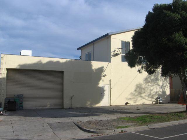 16 Adelaide Street DANDENONG VIC 3175
