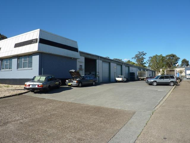 Bay 2/4 Coolabah Drive TAREE NSW 2430