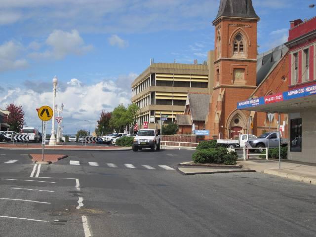 246 Howick Street BATHURST NSW 2795