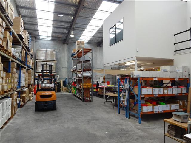 18 Gravel Pit Road DARRA QLD 4076