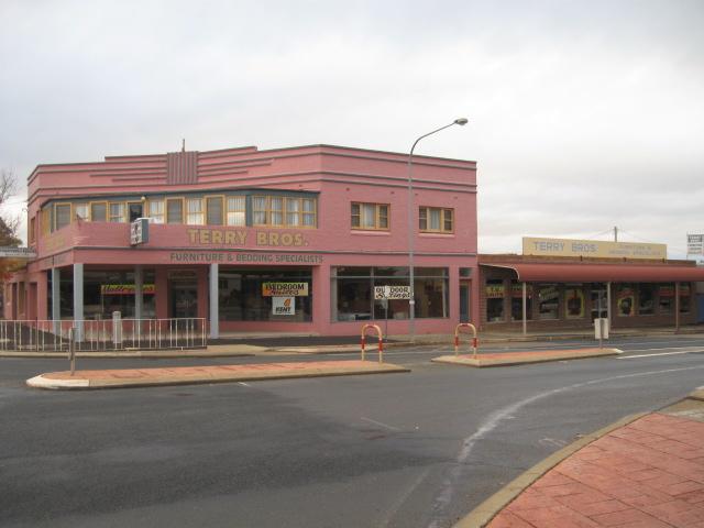 248-250 Boorowa Street YOUNG NSW 2594