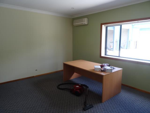 Unit  3 & /1 Marina Close MOUNT KURING-GAI NSW 2080